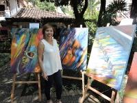 La obra pictórica de Cam Thuy eclosiona en Medellín