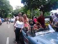 Medellín disfrutó el desfile de autos clásicos en la Feria