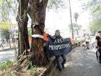 Vecinos de Envigado protestaron para evitar el fin del túnel verde